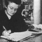 Madeleine DELBREL à son bureau
